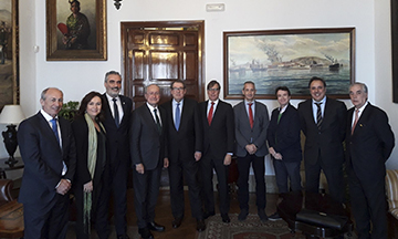 Comite organizador Congreso Hoteleros Nacional con ayuntamiento Málaga