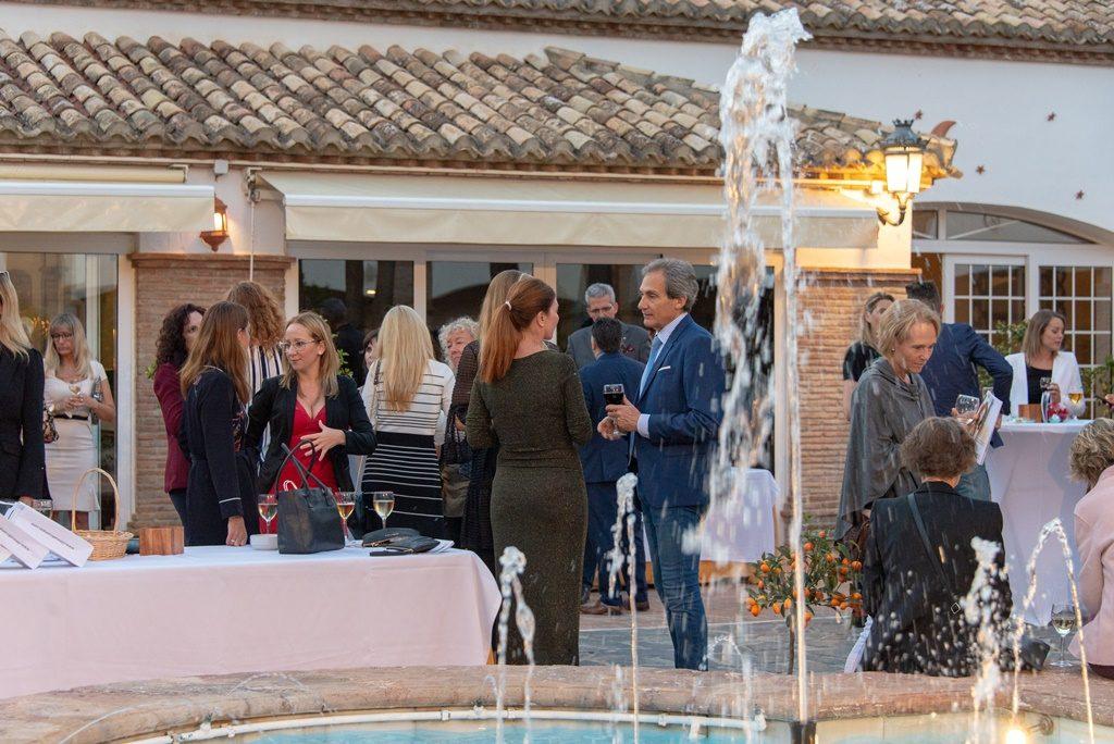 Coctel ofrecido en el Patio Andaluz de La Cala Resort